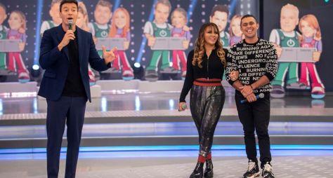 Hora do Faro recebe o último casal eliminado do Power Couple Brasil