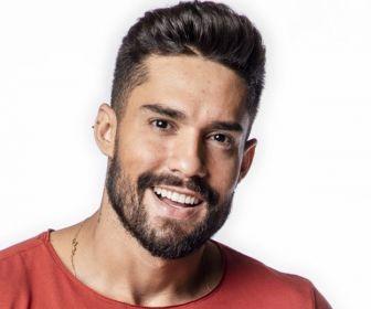 Arcrebiano Araújo vai participar de um terceiro reality show