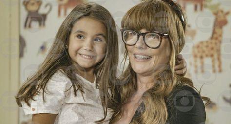 Salve-se Quem Puder: Deborah Secco celebra a estreia de Maria Flor