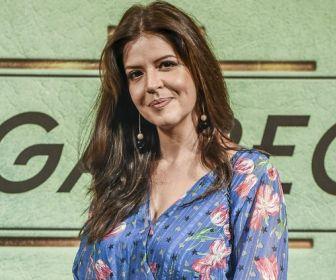 Mariana Santos relembra sua estreia em novelas com a vilã Maria Pia