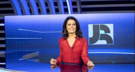 Adriana Araújo segue negociando com o Grupo Band