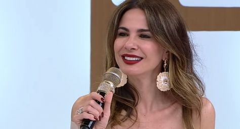 """Luciana Gimenez grava piloto do """"Operação Cúpido"""""""