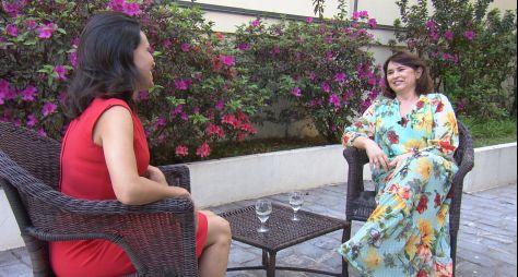 """Myrian Rios fala sobre cirurgia e Carolina Ferraz no """"Domingo Espetacular"""""""