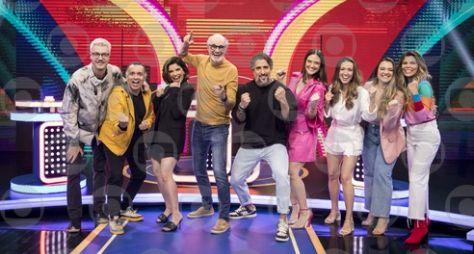 """Juliana Paiva e Chay Suede são os convidados desta semana no """"Caldeirão"""""""