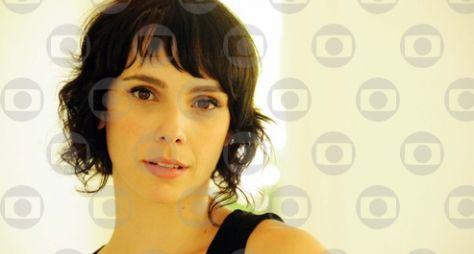 Débora Falabella comenta participação na reta final de 'Ti Ti Ti'