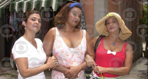 """""""Né brinquedo não"""": Solange Couto festeja a volta de """"O Clone"""""""