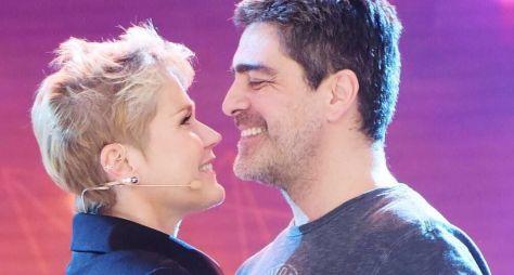 Xuxa Meneghel e Junno Andrade participarão do programa Eliana