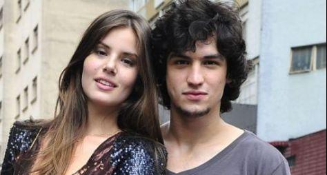 Gabriel Leone em dose dupla na TV Globo