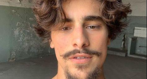 Personagem de Bruno Montaleone em Verdades Secretas é garoto de programa