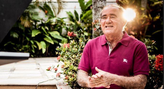 Renato Aragão ganha quadro no