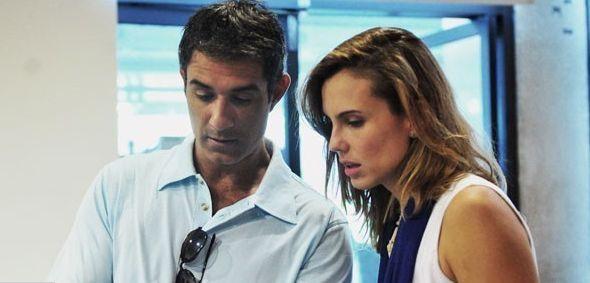 Marcos Pasquim e Lívia Bueno conversam sobre seus personagens em Saramandaia. Foto: TV Globo