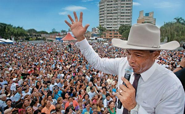 Valdemiro Santiago, o líder da Igreja Mundial. Foto: Divulgação