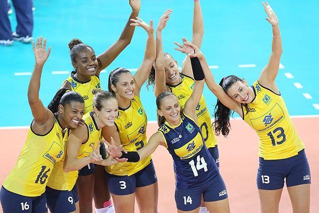 Seleção feminina de vôlei em 2014 (Foto: Divulgação/CBV)