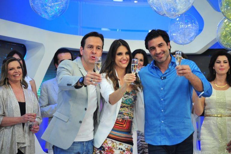 Celso Zucatelli, Chris Flores e Edu Guedes no Hoje em Dia (Foto: Divulgação/TV Record)