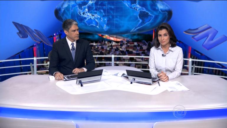 Jornal Nacional exibido em cenário virtual nesta quinta, 26 (Foto: Reprodução/TV Globo)