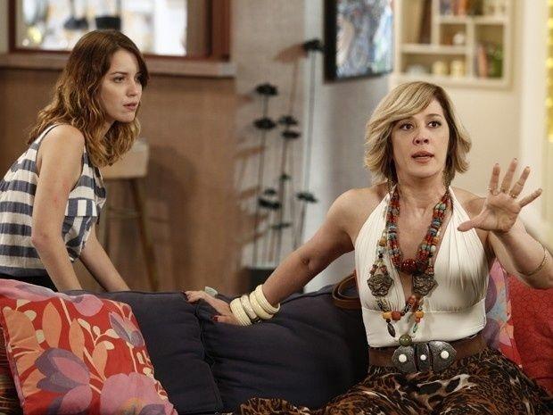 Nathalia Dill e Claudia Raia em cena de Alto Astral (Foto: Reprodução/TV Globo)