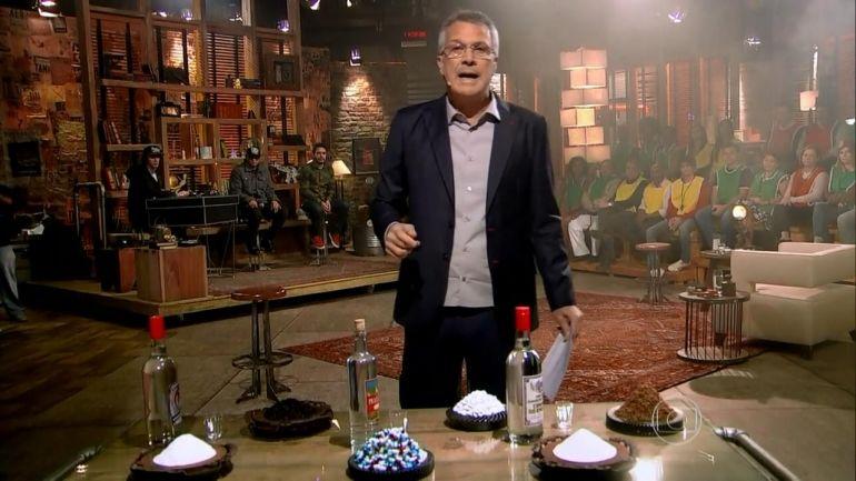 Pedro Bial durante apresentação do Na Moral no ano passado (Foto: Reprodução/TV Globo)