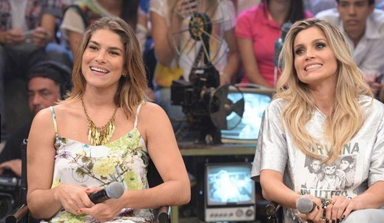 Priscila Fantin e Flávia Alessandra durante participação do Altas Horas (Foto: Fábio Rocha/TV Globo)