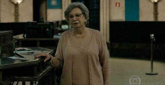 Beatriz Segall em cena de Os Experientes (Foto: Reprodução/TV Globo)