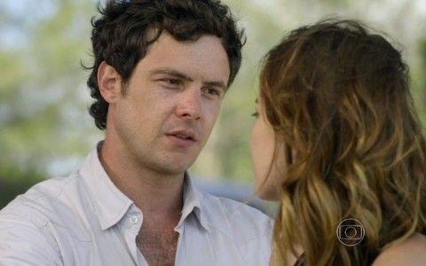 O casal protagonista de Alto Astral (Foto: Reprodução/TV Globo)