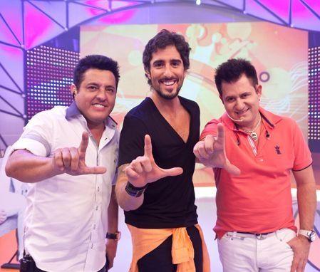 Dupla sertaneja com Marcos Mion no Legendários