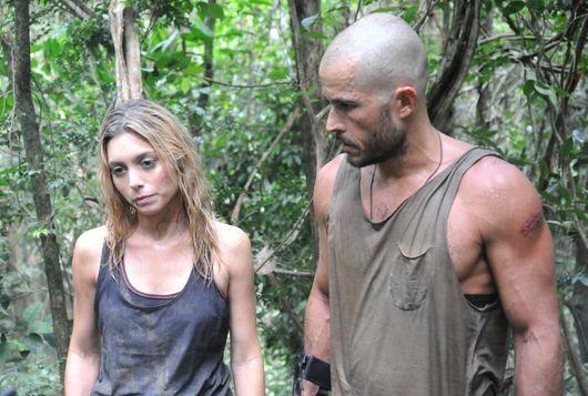 Juliana Schalch e Roger Gobeth em cena de Sem Volta (Record TV)