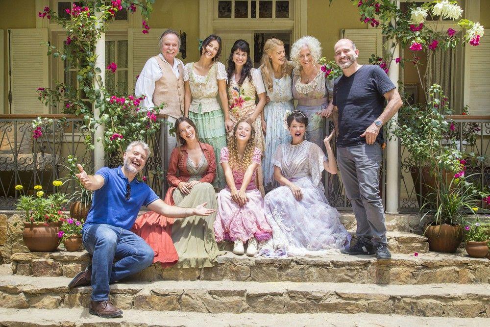 Autor, diretor e elenco. Foto: Marília Cabral/TV Globo