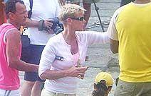 Xuxa grava seu novo programa no nordeste