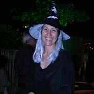 Elenco da novela Eterna Magia se despede com festa de Halloween
