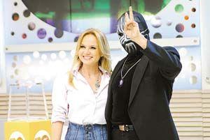 Novidade: Record contrata o mágico Mister M