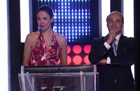 """Luciana Gimenez grava participação no """"Mega Senha"""" e campanha """"Direito de Viver 2011"""" na RedeTV!"""