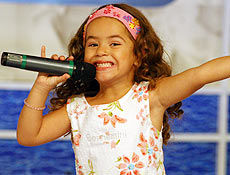 SBT contrata cantora infantil do programa Raul Gil