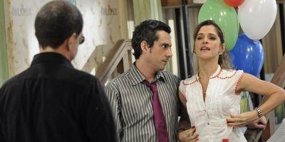 """Globo aprova a série """"Batendo Ponto"""" antes de testá-la"""