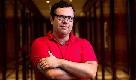 """""""Ninguém em Avenida Brasil é lobo em pele de cordeiro"""", diz João Emanuel Carneiro"""